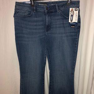 Lee Curvy Fit Jeans petite size!